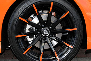 Holden mag wheels repair & installation