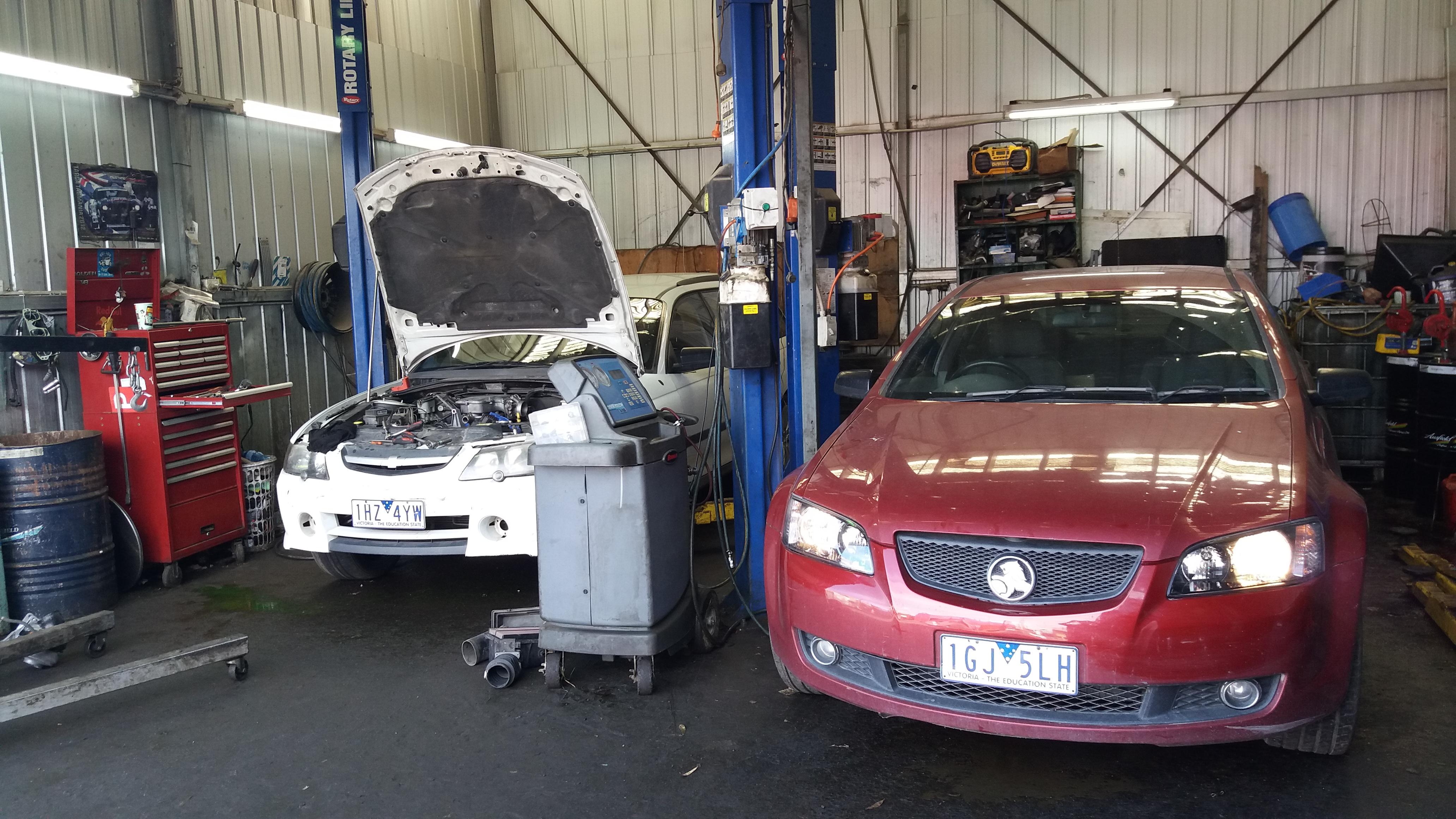 Holden, Ford Car Wreckers Dandenong | Frankston, Berwick, Carrum Downs