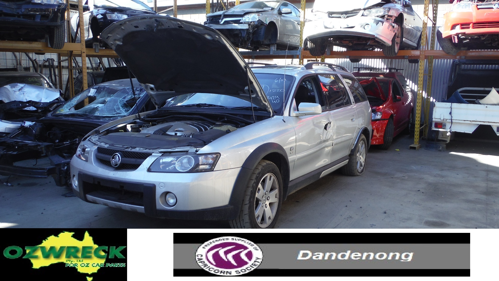 2004 HOLDEN ADVENTRA LX8 5.7L V8 WAGON WRECKING WHOLE VEHICLE W/NUT ONLY