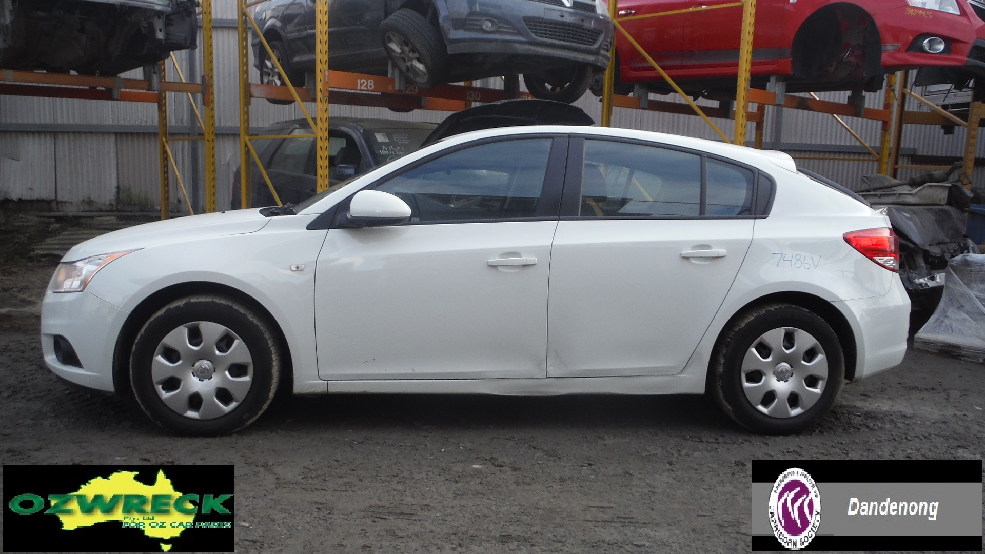 2012 HOLDEN CRUZE JH, 5 DOOR HATCH